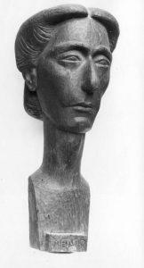Προτομή της συγγραφέως Μέλπως Αξιώτη, 1949, ξύλο, ύψος 60 εκ., ιδιωτική συλλογή, Αθήνα